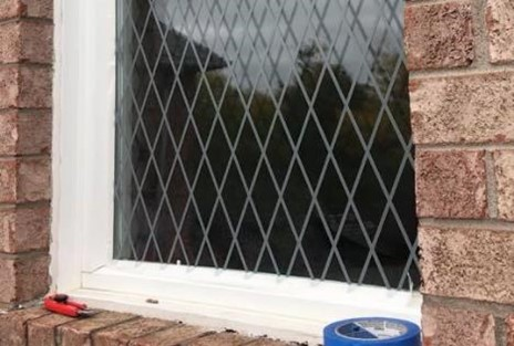 Bird safe window treatment